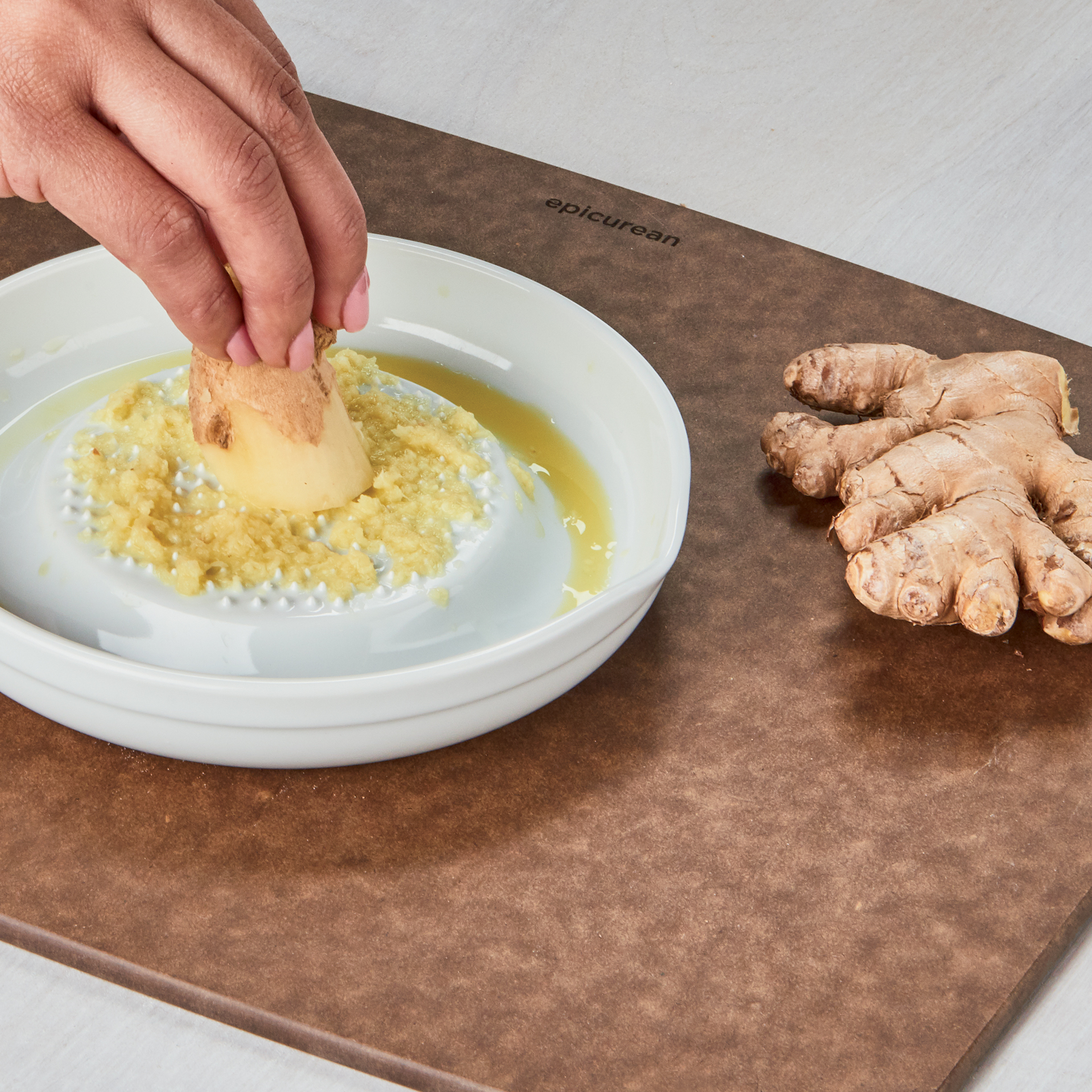 Picture of Ceramic Ginger Graters